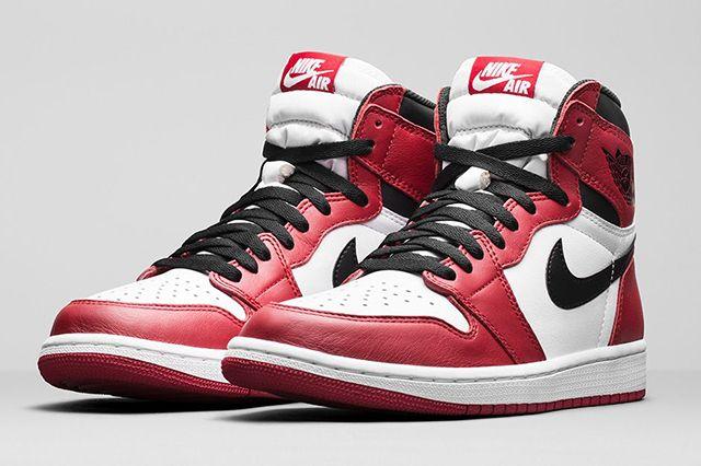 Air Jordan 1 High Chicago