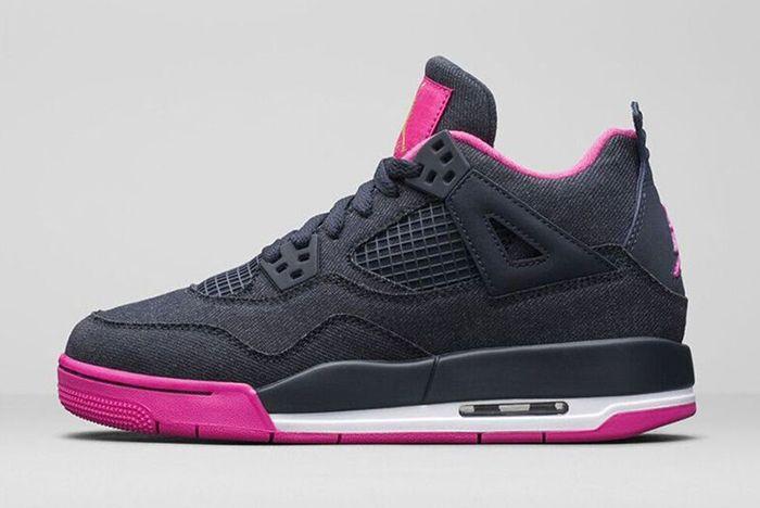 Air Jordan 4 Retro Dark Obsidian Vivid Pink 2