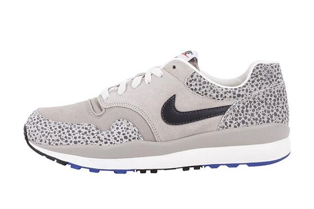 Nike Air Safari Vntg Stone Profile 1