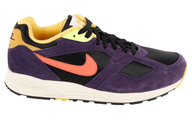 Nike Air Base Ii Vntg Eggplant Profile 1