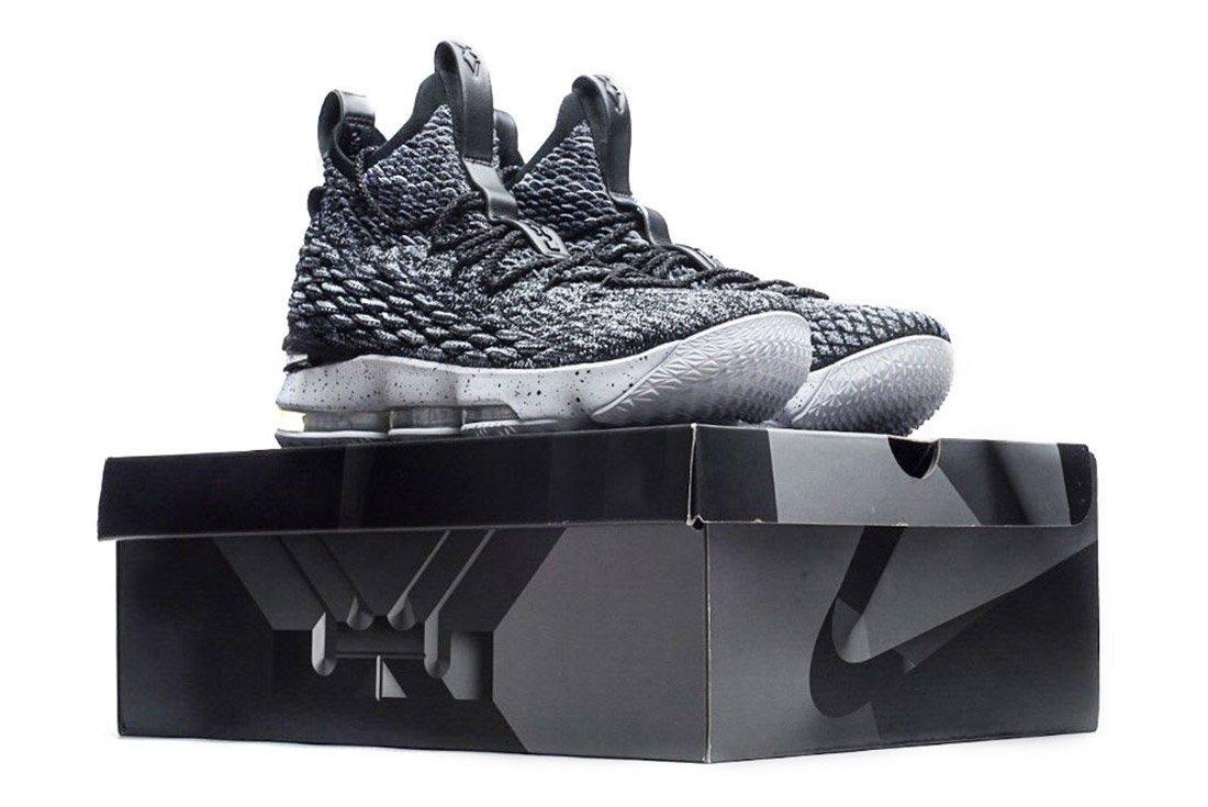 Nike Lebron 15 1
