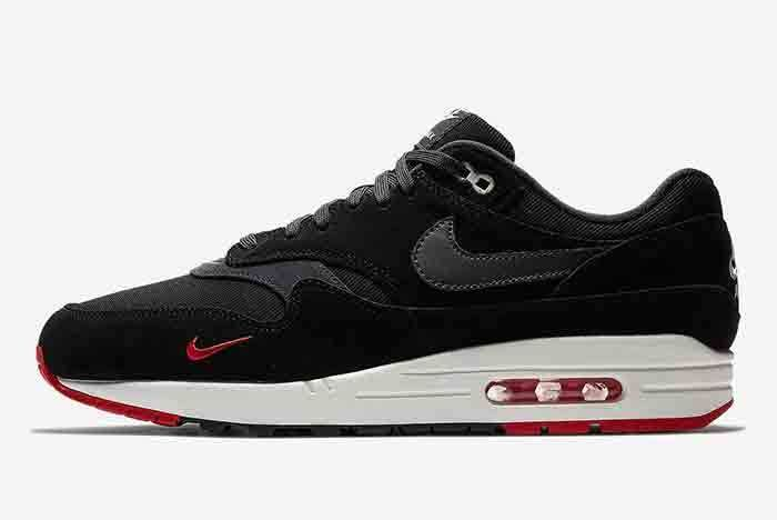 Nike Air Max 1 Mini Swoosh 6