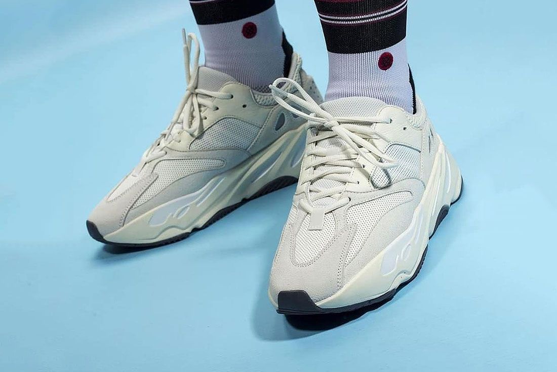 Yeezy Boost 700 Analog On Foot Side