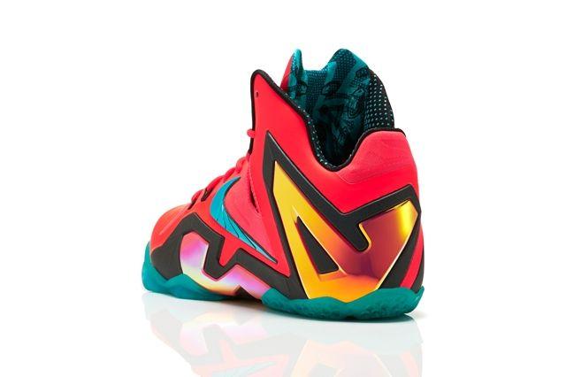 Nike Basketball Elite Series Hero Collection 6