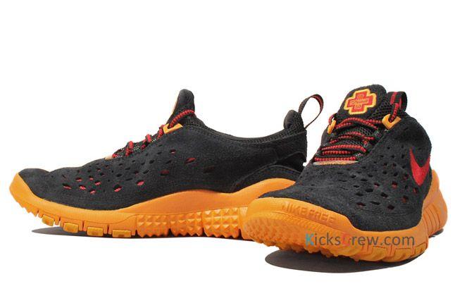 Nike Free Trail Black Canyon Gold Side Profile Pair 1