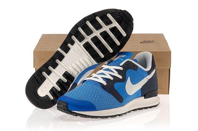 Nike Air Berwuda Blue Sole Box 1