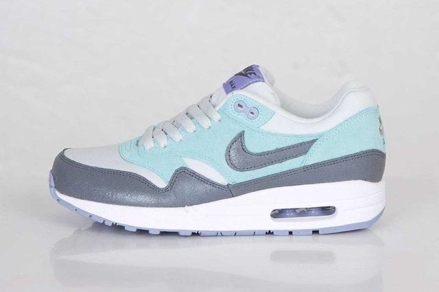 Nike Air Max 1 Glacier Ice Purple 4