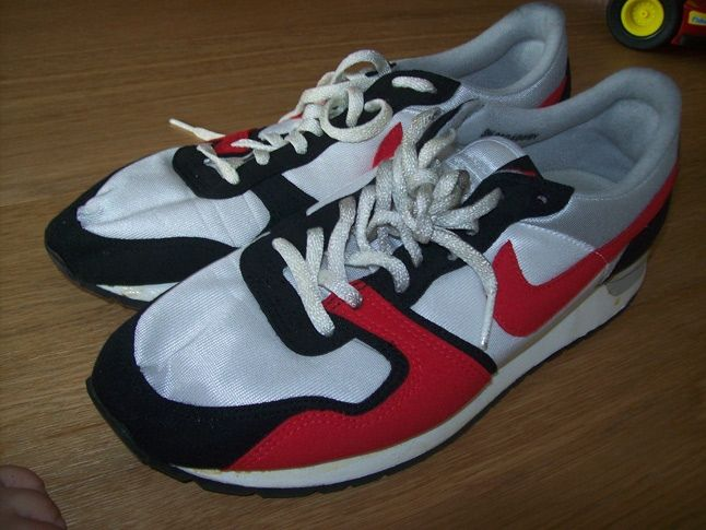 Nike Vintage Vendetta 1