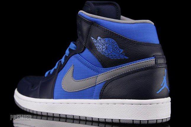 Nike Air Jordan Blue 1