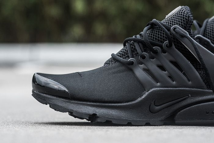 Nike Air Presto Triple Black2