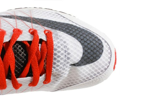 Nike Lunar Spider R 3 Toe 1