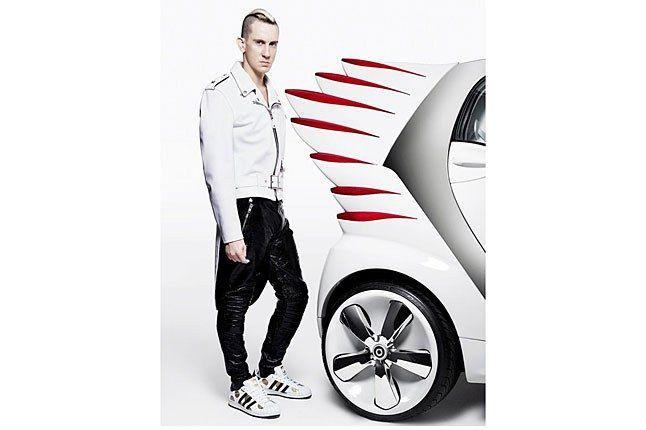 Jeremy Scott Wings Smart Car 1