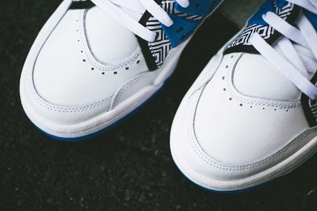 Adidas Mutumbo White Blue Black Toebox