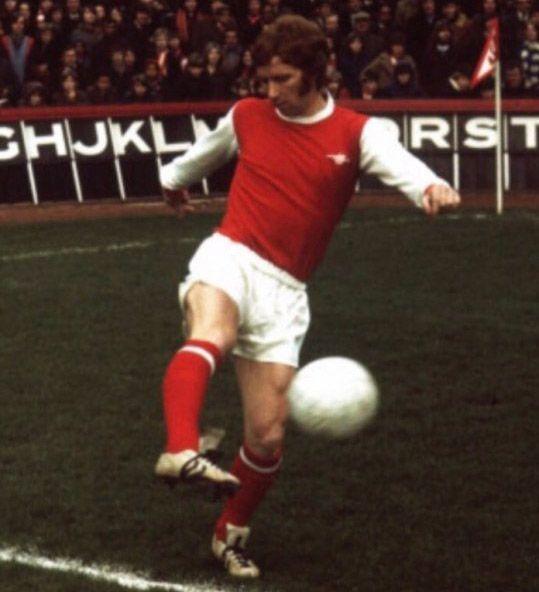 Material Matters Football Alan Ball Hummel 1