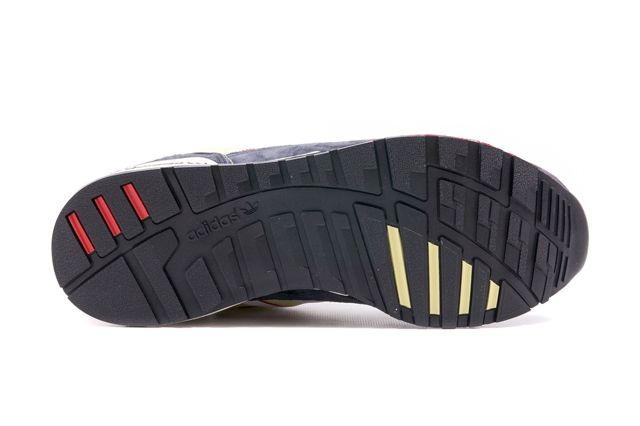 Adidas Zx 710 Navy Yellow 2