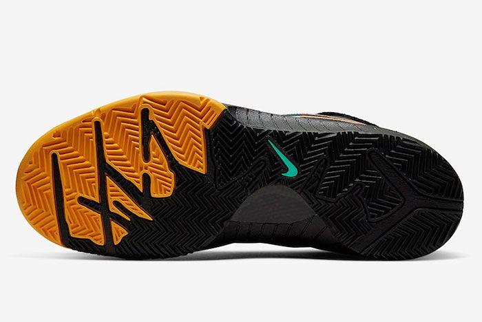 Nike Zoom Kobe 4 Protro Black Snake Aurora Green University Gold Av6339 002 Sole