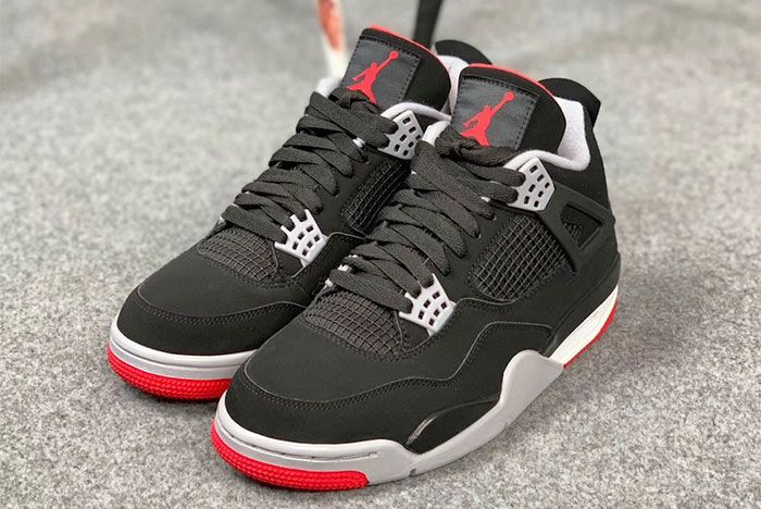 Air Jordan 4 Bred Pair Side Shot3