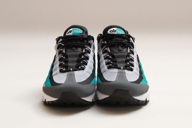 Nike Air Max 95 No Sew Turbo Green 1