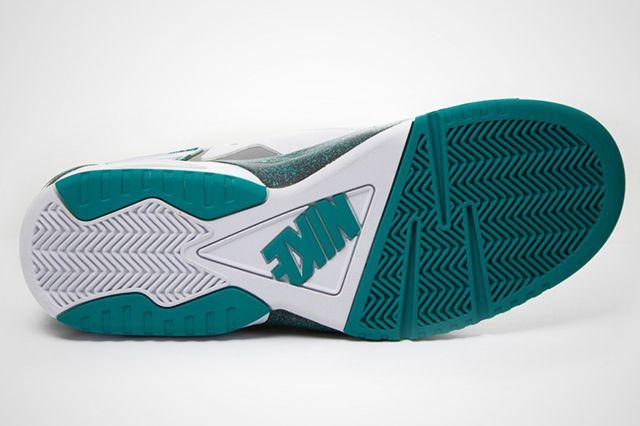 Nike Air Tech Challenge Huarache Turbo Green 1