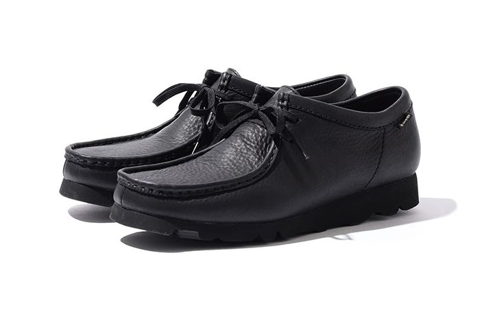 Beams Clarks Wallabee Low Gore Tex Black Front Angle