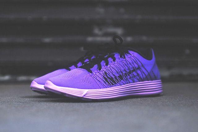 Nike Lunaracer 3 Purple Venom 4