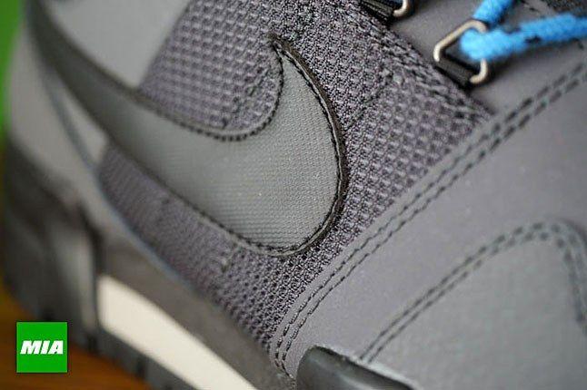 Nike Swoosh 1