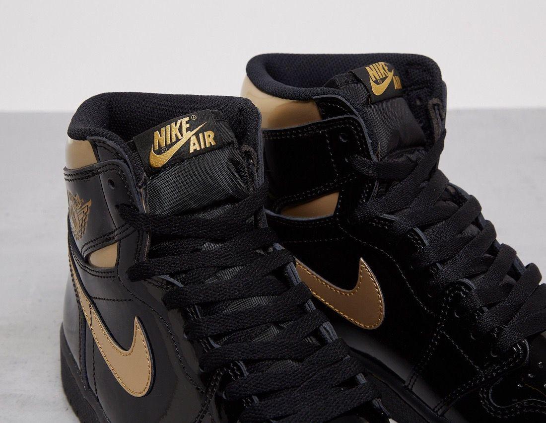 Air Jordan 1 Black Metallic Gold Tongue
