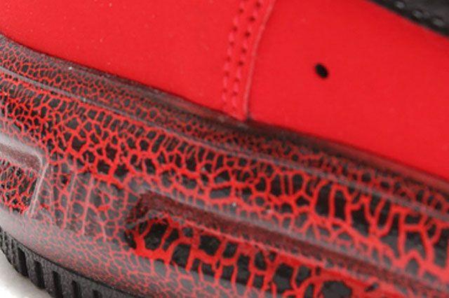 Nike Lunar Force 1 University Red Black Closeup