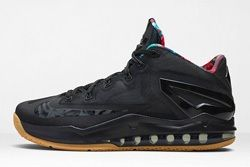 Nike Lebron 11 Low Black Gum Thumb