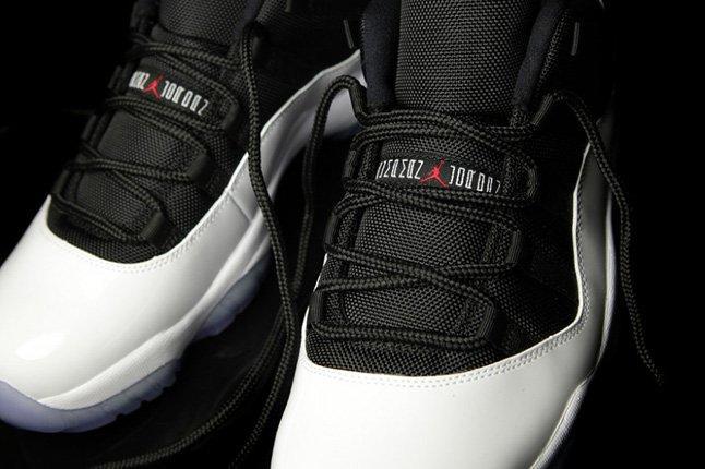 Air Jordan Xi Low White Black True Red Lace Detail 1
