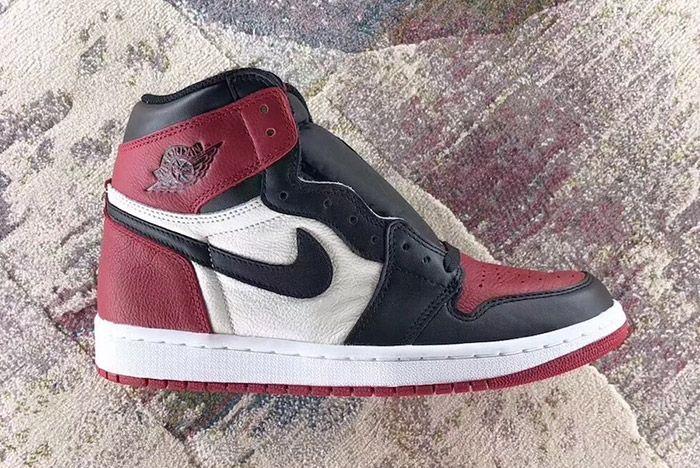 Air Jordan 1 Bred Toe Sneaker Freaker 1