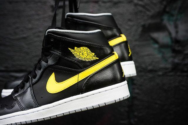 Air Jordan 1 Mid Vibrant Yellow 3