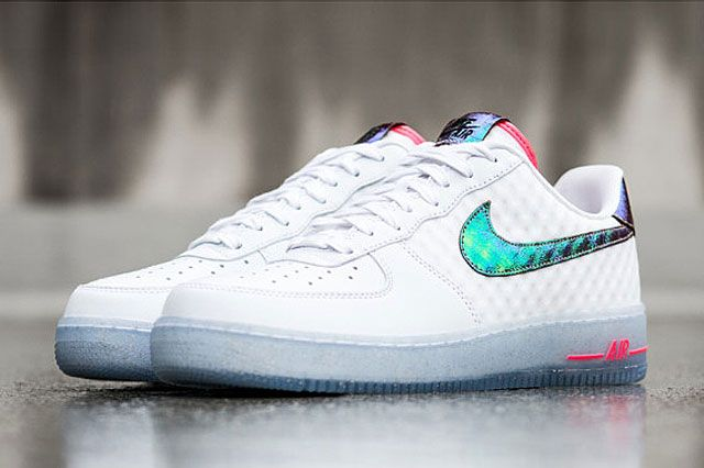 Nike Air Force 1 Low Cmft Prm Qs Hyper Punch Perspective