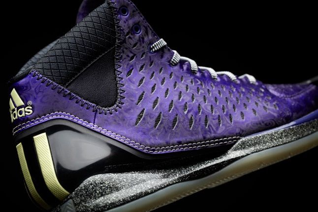 D Rose 3 Nightmare Lateral 1
