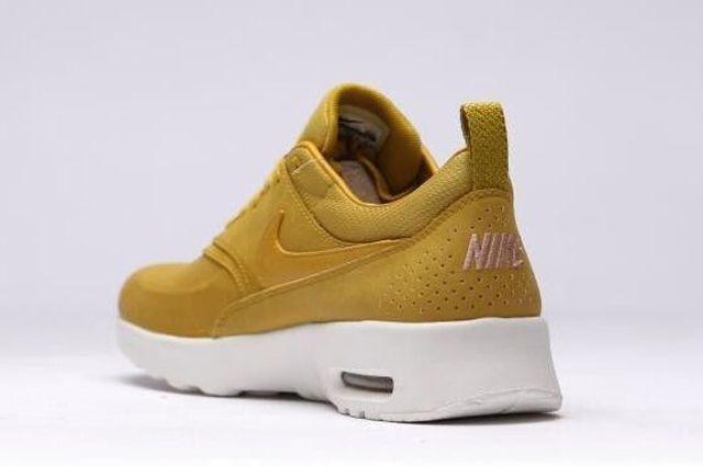 Nike Air Max Thea Golden 1