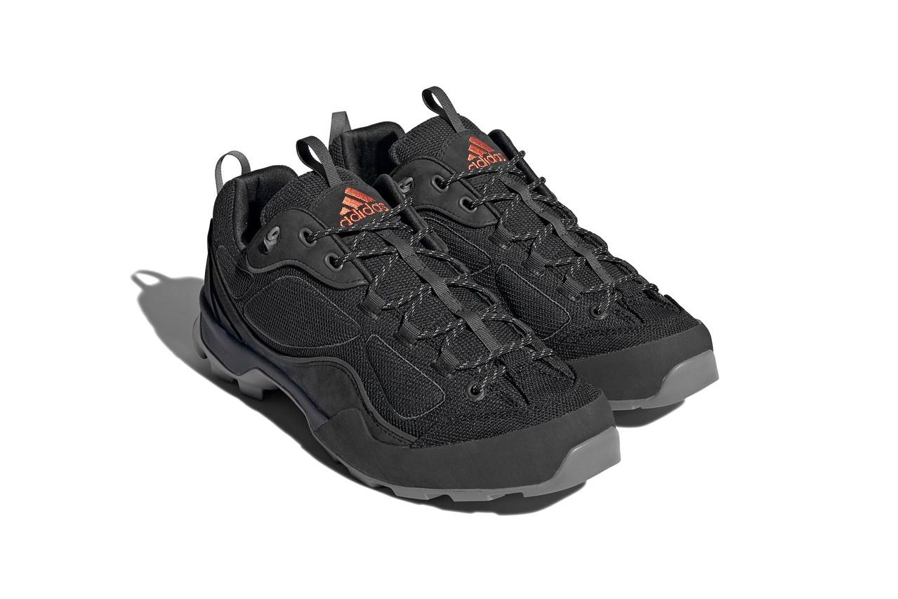 adidas Sahalex Black