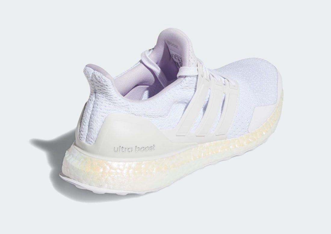 adidas UltraBOOST Aged BOOST Heel