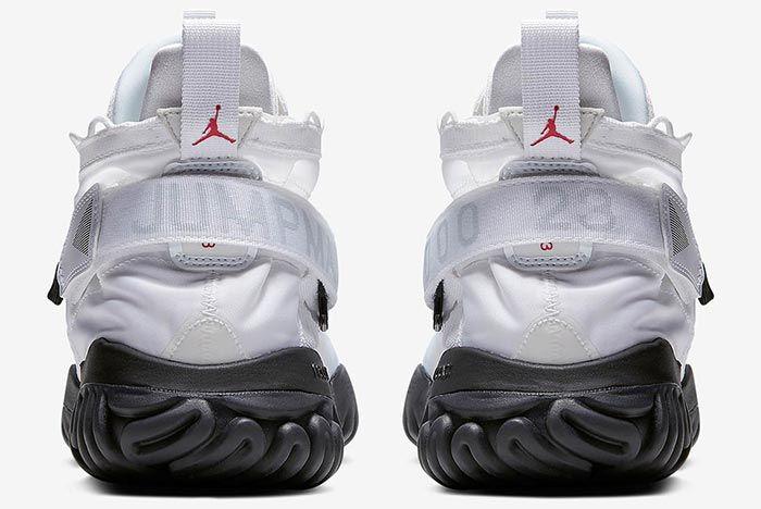 Air Jordan Prot React White Heel Shot 3