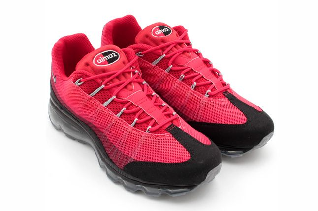 Nike Air Max 95 Dynamic Flywire Gym Red Pair 1
