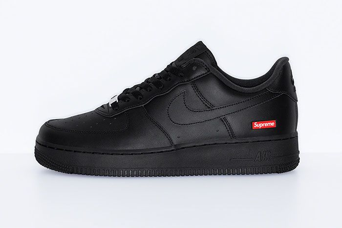 Supreme Nike Air Force 1 Pack Left 2