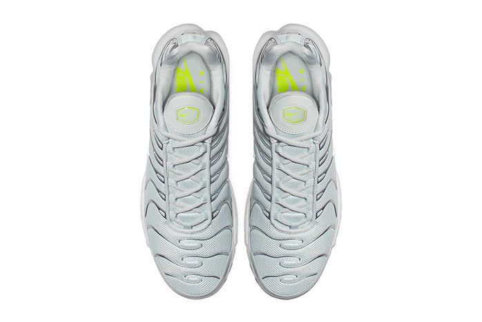Nike Air Max Plus Grey Volt 3