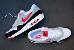 Nike Air Max 1 Black Red Thumb