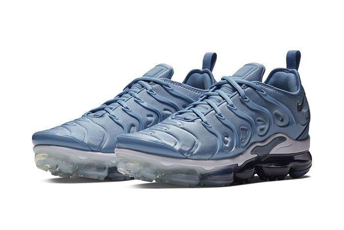 Nike Vapormax Plus Ice Blue 1