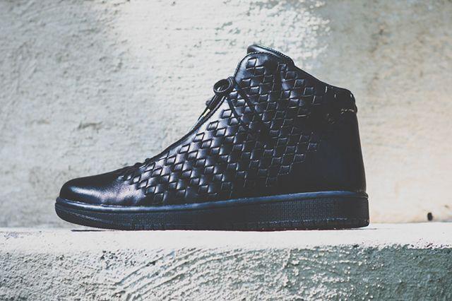 Air Jordan Shine Black 4