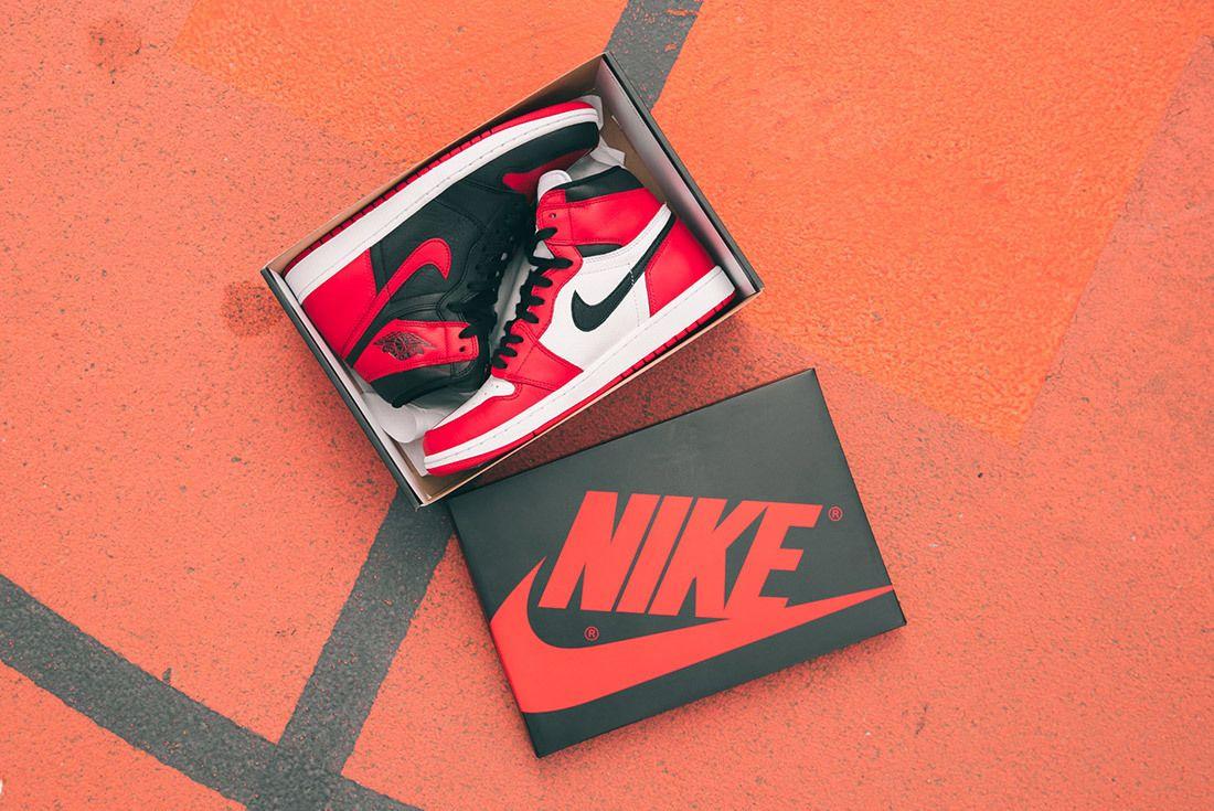 Nike Air Jordan 1 Homage To Home 15