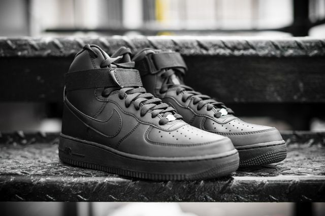 Nike Air Force 1 Black Black 4