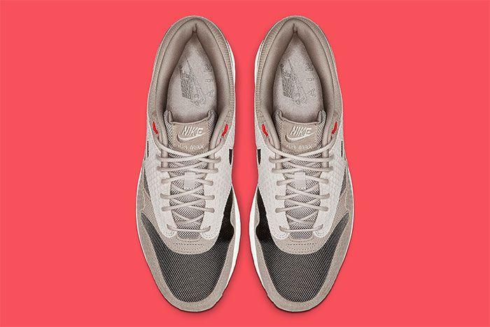 Nike Air Max 1 Moon Particle Ridgerock Top