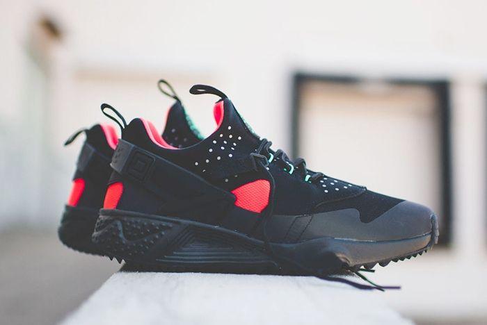 Nike Huarache Utility Black Crimson Rck Bump 4