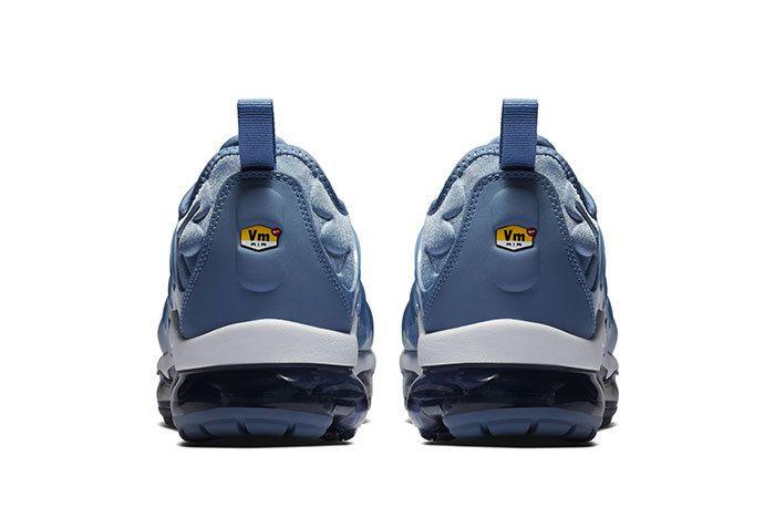 Nike Vapormax Plus Ice Blue 4