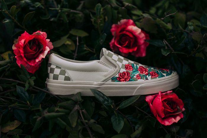 Vans Slip On Roses Sneaker Freaker 7